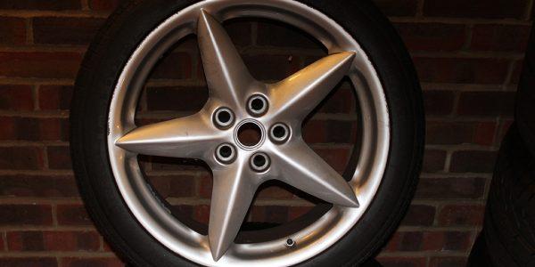 Forza 288: Ferrari 360 wheels (only 2)